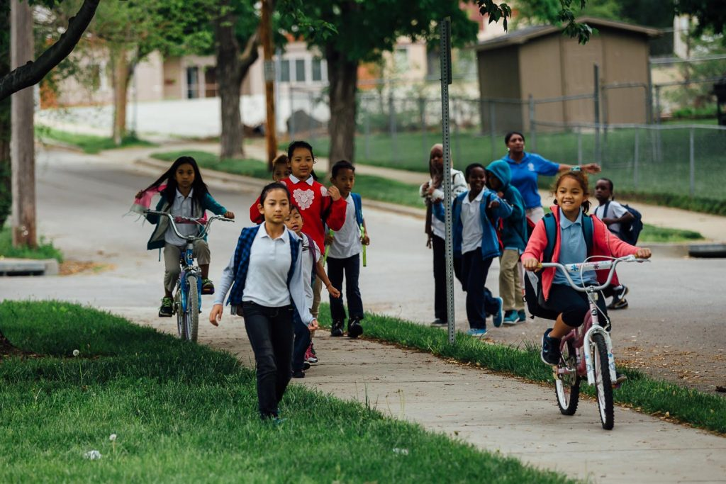bike-walk-to-school-online-40